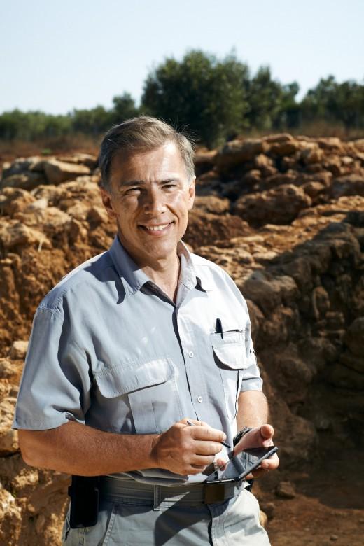 Μιχάλης ΚοσμόπουλοςΟ Αρχαιολόγος που διδάσκει τον ελληνικό πολιτισμό στις ΗΠΑ