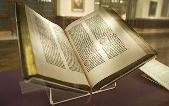 340px-Gutenberg_Bible,_Lenox_Copy,_New_York_Public_Library,_2009._Pic_01